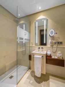 GF Victoria, Hotels  Adeje - big - 8