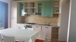 Appartamento a 100 metri dalla spiaggia - AbcAlberghi.com