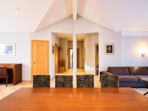 Das Grüne Hotel zur Post - 100 % BIO, Отели  Зальцбург - big - 91