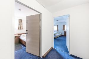 Hotel Mondschein, Hotels  Innsbruck - big - 40