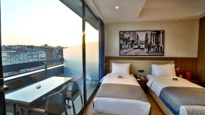 Terrace Executive Twin Room
