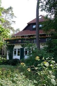 Haus Hubertus, Ferienwohnungen  Ostseebad Boltenhagen - big - 61