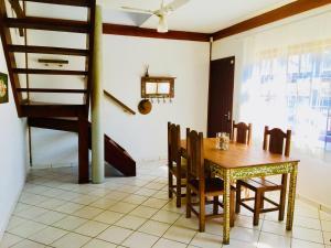 Casa Ilhabela Facil Acesso, Dovolenkové domy  Ilhabela - big - 5