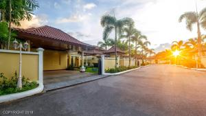 Les Palmares Villas, Курортные отели  Банг Тао Бич - big - 158