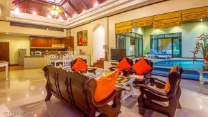Les Palmares Villas, Курортные отели  Банг Тао Бич - big - 221