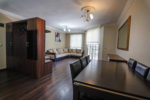Hidden Home Weekly Rentals Marmaris, Apartmány  Marmaris - big - 16