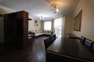 Hidden Home Weekly Rentals Marmaris, Apartmány  Marmaris - big - 17