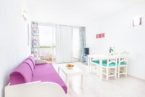 Apartaments Andreas, Apartments  Colonia Sant Jordi - big - 5