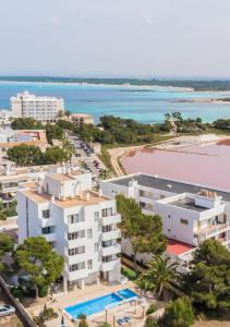 Apartaments Andreas, Apartments  Colonia Sant Jordi - big - 1