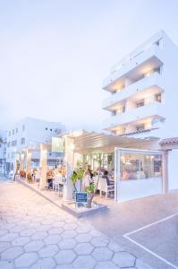 Apartaments Andreas, Apartments  Colonia Sant Jordi - big - 26