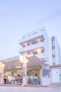 Apartaments Andreas, Apartments  Colonia Sant Jordi - big - 13