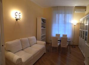 3 Via Guglielmo Koerner Apartment - AbcAlberghi.com