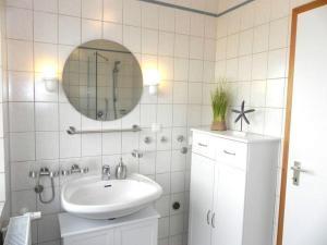 Jessen-s-Wattblick, Апартаменты  Wittdün - big - 22