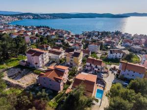 Villa Nora, Villen  Trogir - big - 37