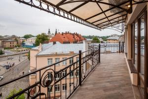 Apartment with Terrace on Chuprynky 3, Apartments  Lviv - big - 27