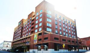 Holiday Inn Express & Suites Tacoma Downtown, Hotels  Tacoma - big - 7