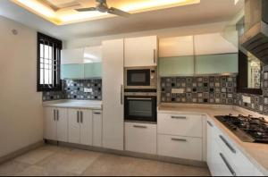 Luxurious! 4bhk apartment, Apartmanok  Újdelhi - big - 40