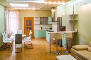 Apartment near Franko Park, Apartmanok  Lviv - big - 12