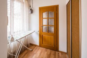 Apartment near Franko Park, Apartmanok  Lviv - big - 32
