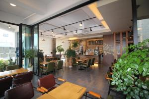 Namu Guesthouse & Pension, Гостевые дома  Yeosu - big - 25