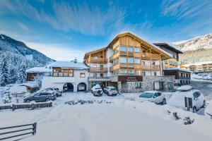 Residence Crazzolara - AbcAlberghi.com