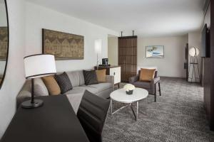 Embarcadero King Suite