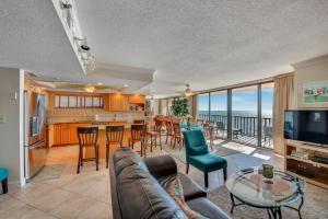 Trillium #4A Condo, Apartments  St Pete Beach - big - 12
