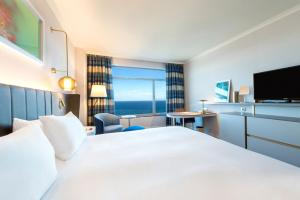 Executive King Room with Sea View