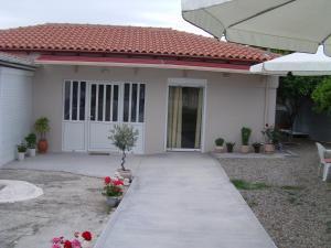 Helen's Cottage, Nyaralók  Petrohóri - big - 19