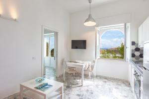 La Casa del Barone - Gioia Apartments - AbcAlberghi.com