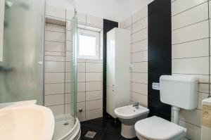 Apartments Cvita Ugljan, Penzióny  Ugljan - big - 15