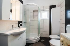 Apartments Cvita Ugljan, Penzióny  Ugljan - big - 26