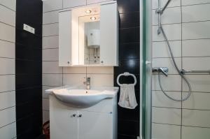 Apartments Cvita Ugljan, Penzióny  Ugljan - big - 31
