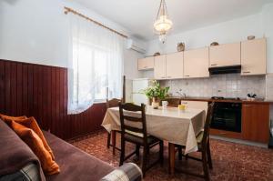 Apartments Cvita Ugljan, Penzióny  Ugljan - big - 34