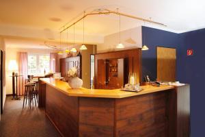 Hotelpension zum Gockl, Гостевые дома  Аллерсхаузен - big - 54