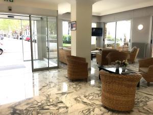 New Dauphin, Отели  Ментон - big - 15