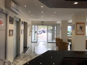 New Dauphin, Отели  Ментон - big - 22