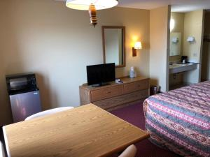Old Towne Motel, Motel  Westby - big - 44