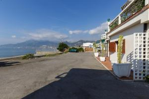 14 Leoni, Bed & Breakfasts  Salerno - big - 29