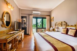 Huong Giang Hotel Resort & Spa, Resort  Hue - big - 14