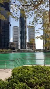 Beautiful 2Bed 2Baclcony in JLT, Dubai - Dubai