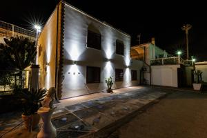 14 Leoni, Bed & Breakfasts  Salerno - big - 28