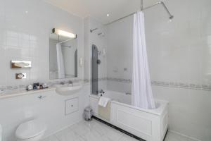 Cosmopolitan Hotel, Hotely  Leeds - big - 46