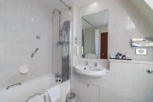 Cosmopolitan Hotel, Hotely  Leeds - big - 41