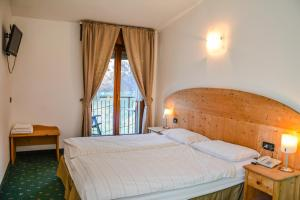 Albergo Mezzolago, Hotels  Mezzolago - big - 9