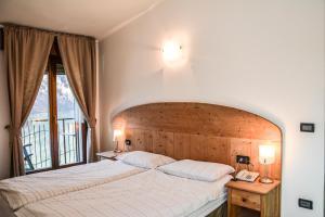 Albergo Mezzolago, Hotels  Mezzolago - big - 8