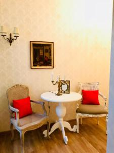 Charming Apartment in Old Town, Апартаменты  Тбилиси - big - 25