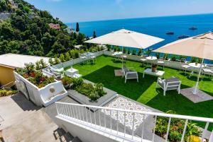 Villa Pietra Santa - AbcAlberghi.com