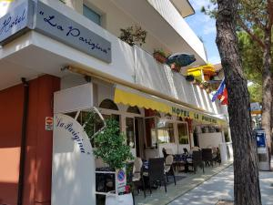 Hotel La Parigina - AbcAlberghi.com