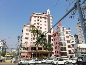 Queen's Park Hotel